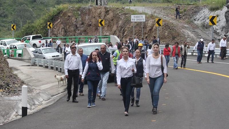 Se extiende a todos los ciudadanos una invitación a un recorrido a pie o en bicicleta por los túneles y el puente, el día de mañana sábado 13 de octubre desde las 9:00 a 13:00 horas