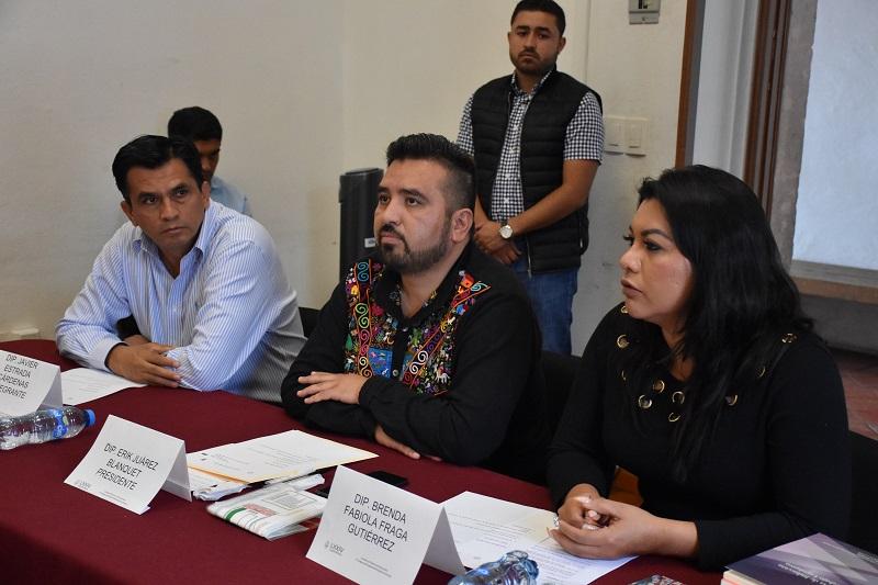 En este sentido, el diputado Erik Juárez, presidente de la comisión en mención, manifestó la importancia de trabajar fuerte, resolviendo, impulsando en armonía los asuntos turnados a la comisión, y convertirse en una de las comisiones más productivas