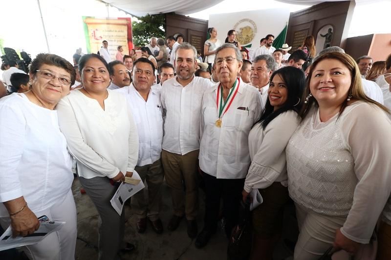 Ramírez Bedolla recalcó que la sociedad michoacana está ante el imperativo de cambiar los valores que rigen la convivencia social, fundamentalmente  en regiones vulneradas por la violencia