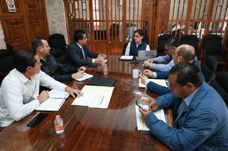 Se acordó que, en próximas fechas, serán inauguradas las unidades médicas de los municipios de Ario, Contepec, Jacona y Tepalcatepec