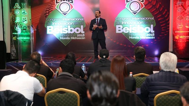 El presidente de la LMB, Javier Salinas, aperturó el Congreso Internacional de Innovación en el Béisbol 2018, con sede en Morelia