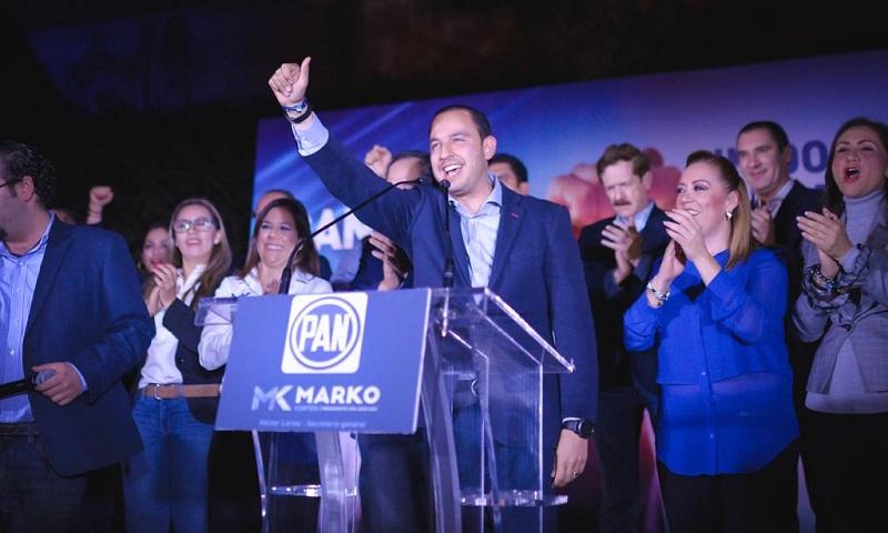 Cortés Mendoza acudió con su equipo a la sede nacional donde festejó su triunfo y llamó a construir la unidad del partido; apuntó que el PAN necesita ser una sola voz ante el nuevo gobierno y ante aquello que atente al país