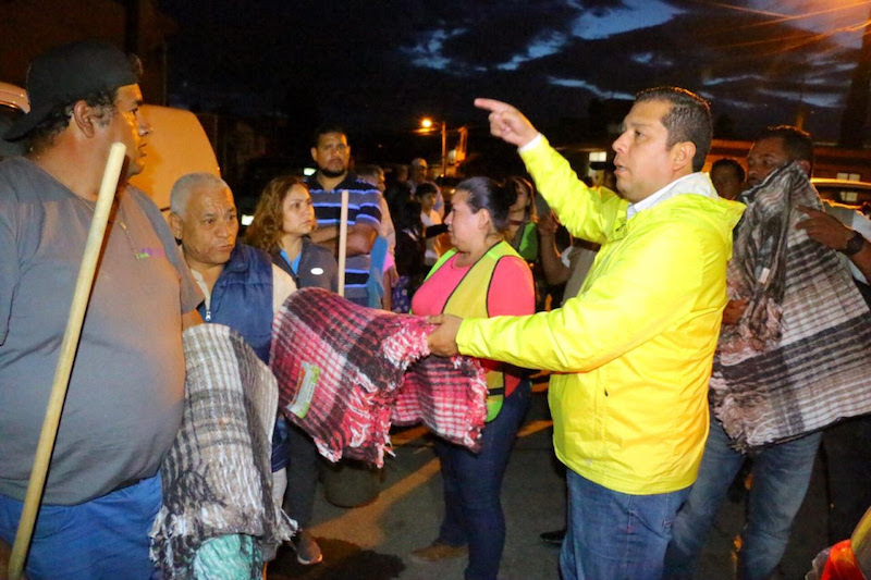 """Juan Carlos Barragán Vélez, titular de la dependencia, afirmó que en la Sedesoh """"siempre estamos listos para ayudar a las y los michoacanos que afrontan las inclemencias del tiempo"""""""