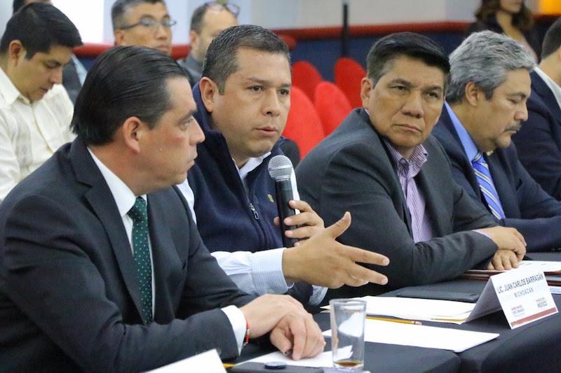 Asistieron las y los Secretarios de Desarrollo Social de las entidades federativas, en un encuentro presidido por María Luisa Albores González, quien ha sido propuesta como próxima titular de la Secretaria de Bienestar