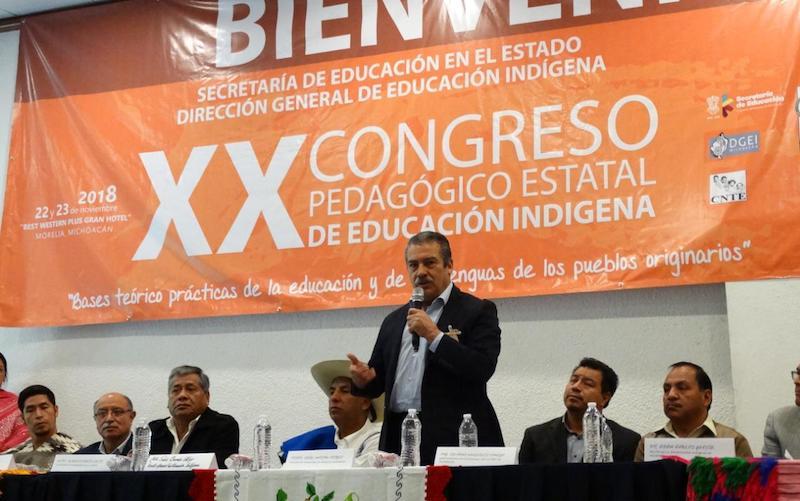 Morón Orozco señaló que fortalecer procesos educativos para los pueblos originarios será un paso fundamental para preservar su cultura, acercarlos a la tecnología y lograr una mayor difusión de sus costumbres