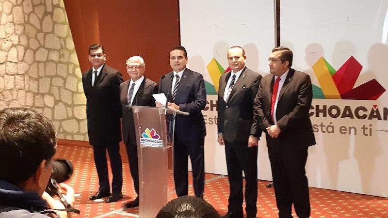 Silvano Aureoles aseguró que ve en el nuevo gobierno federal una intención de volver al más rancio centralismo