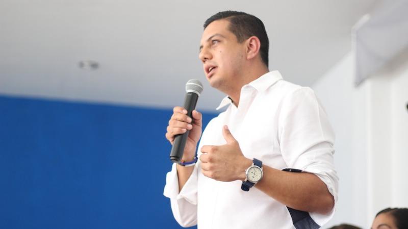 Desde la emisión de la convocatoria, los aspirantes aceptamos las condiciones y así nos fue aprobada la candidatura: Óscar Escobar Ledesma