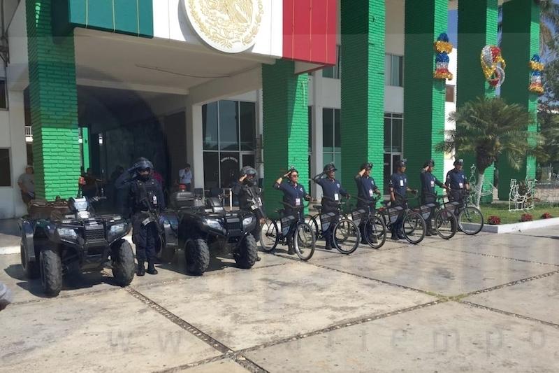 """La Policía Municipal acaba de reactivar el programa """"Policletos"""", el cual consiste en elementos uniformados y armados a bordo de bicicletas, las cuales fueron donadas por parte de la CANACO local"""