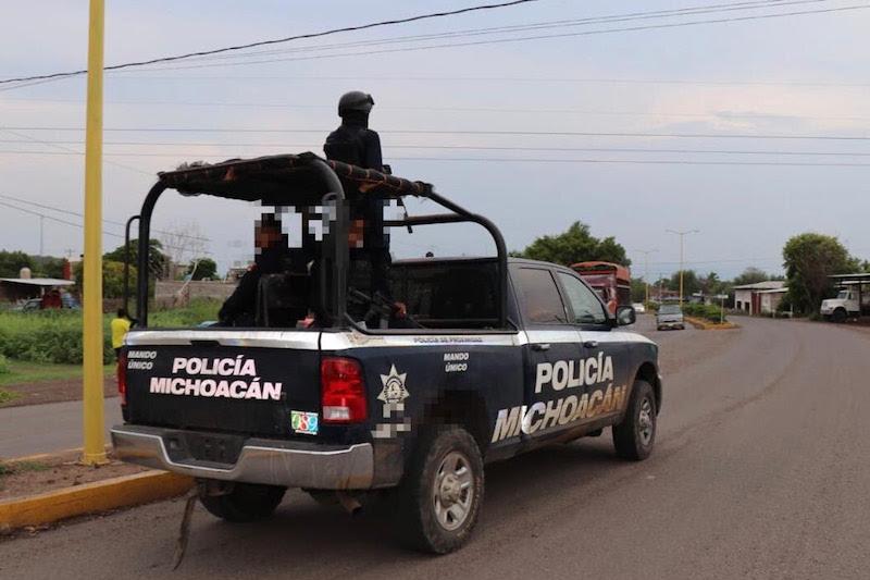 Los detenidos, junto al vehículo -el cual presentaba reporte de robo-, serán puestos a disposición de la autoridad correspondiente