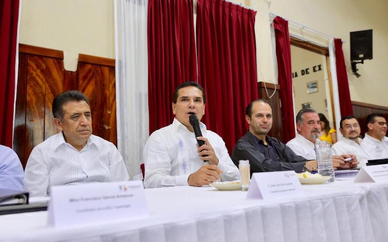 Enfatiza en la importancia de la participación ciudadana y el trabajo conjunto con los alcaldes para alcanzar los objetivos