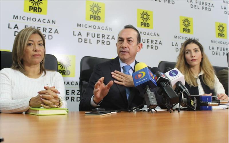 El combate a la corrupción ha sido sólo discurso al igual que bajar precio de la gasolina: PRD