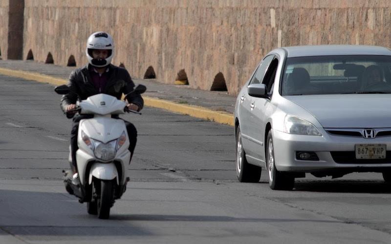 Los motociclistas sólo deberán cubrir el costo de refrendo vehicular y/o láminas según sea el caso