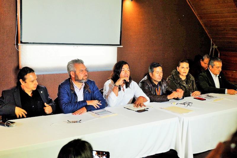 Este encuentro también contó con la presencia del Presidente de Morelia, Raúl Morón Orozco y del Diputado Federal Hirepan Maya, quienes se sumaron a este pronunciamiento y llamaron a la ciudadanía a ser solidarios