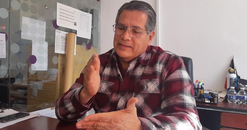 Jesús Vergara destacó que según un diagnóstico preliminar, en varias de las 14 tenencias de Morelia no se tiene registrado un sólo apicultor, por lo que se debe trabajar en incentivar esta actividad (FOTO: ALEJANDRA ORTEGA)