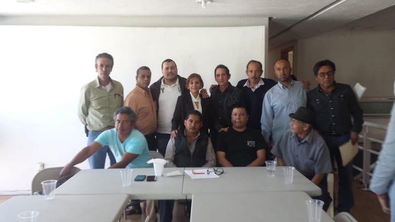 Durante una reunión de trabajo que sostuvo la senadora Blanca Piña con líderes de colonias y comerciantes establecidos en Morelia, destacó la importancia de la sociedad civil organizada