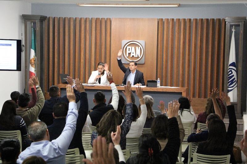 """""""Hacemos un llamado a mantenernos más unidos que nunca, a ser un sólo frente dispuesto a defender las libertades de los michoacanos y sus derechos. Son muchos los retos y sólo unidos vamos a avanzar"""": Óscar Escobar Ledesma"""