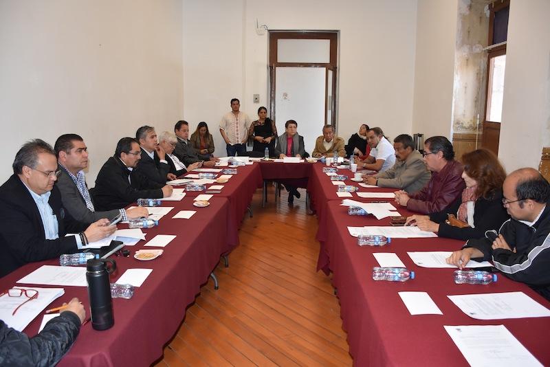 La diputada Teresa López comentó que derivado de los acuerdos con la base trabajadora, se concertó la instalación de una mesa de trabajo para analizar y conocer sus opiniones en relación la propuesta de ley