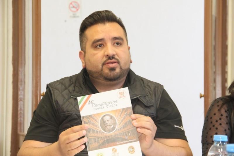 El diputado del PRD informó que entre los temas que se abordaron en el encuentro destacó el acuerdo para exponer la semblanza poética de la Constitución