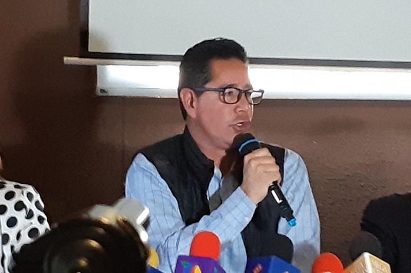 Pérez Negrón aseguró que por ley los jueces ya están facultados para ordenar la prisión preventiva en esos casos, sin necesidad de que necesariamente tengan que especificarse todas esas figuras en el texto constitucional