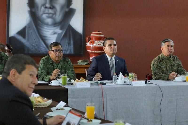 Trabajo conjunto y efectivo con municipios para resguardar éste y otros puntos de la geografía michoacana, determinan integrantes de la Mesa de Coordinación Estatal para la Construcción de la Paz