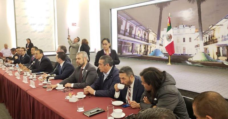 Alfredo Ramírez subrayó que esta reunión es una clara muestra de que la Alianza por la Cuarta Transformación, integrada por diputados de izquierda en el Congreso del Estado, puede trascender el ámbito del trabajo legislativo