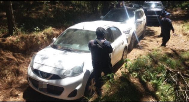 Durante la verificación de antecedentes de las unidades, por medio de la aplicación ChecAuto MX, arrojaron reporte de robo, por lo que fueron asegurados para su puesta a disposición