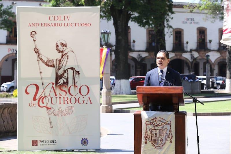 Aureoles Conejo asistió al acto por el 454 aniversario luctuoso de Don Vasco de Quiroga en Pátzcuaro