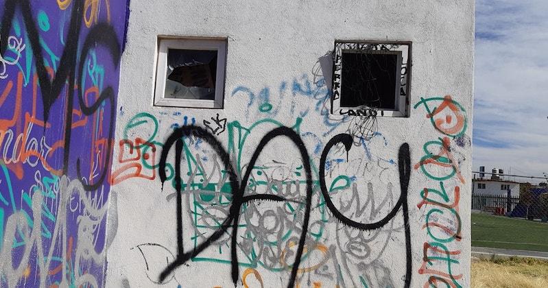 De acuerdo con los vecinos, también hace falta que se realicen rondines de vigilancia por parte de la Policía de Morelia, ya que principalmente por las tardes y las noches el sitio es utilizado por malvivientes que se reúnen para drogarse