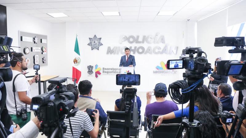 El titular de la SSP, Juan Bernardo Corona, recalcó que la estrategia implementada en el Estado, destaca a nivel nacional por la importancia que le da al fortalecimiento de las policías locales