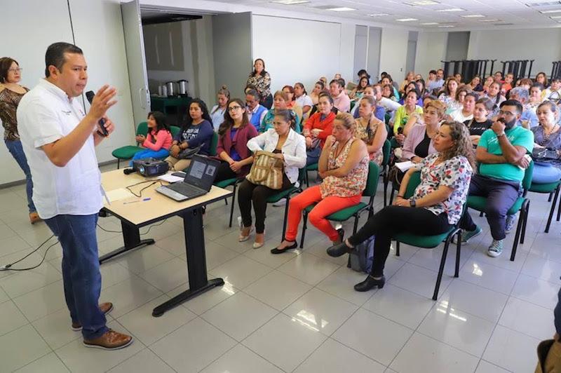 Así se estableció en reunión de trabajo que sostuvo el titular de esa dependencia, Juan Carlos Barragán, con un grupo representativo de las estancias infantiles