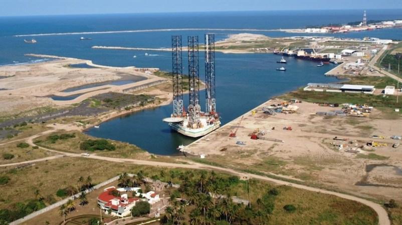 """En un diagnóstico difundido este martes, la organización civil señaló que, a partir del análisis de 30,000 escenarios financieros, se puede concluir que la refinería de Dos Bocas """"traerá más costos que beneficios"""""""