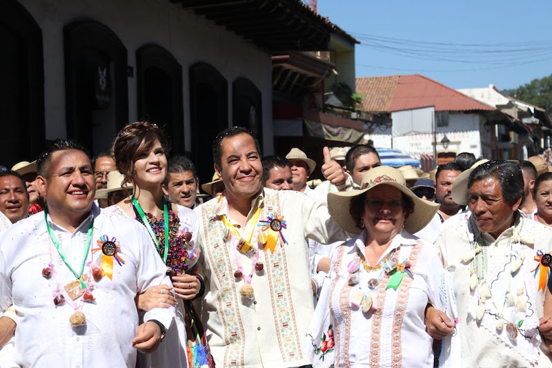 Con la participación de 40 comunidades, dio inicio el tradicional escaparate de artesanías de todas las regiones