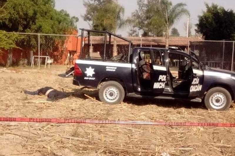 Los agentes y custodios lograron repeler la agresión de los civiles, sin embargo en el lugar fallecieron dos elementos de la Policía Michoacán, así como un custodio, además de que resultaron heridas dos mujeres que forman parte del personal de Bansefi