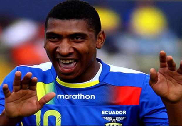 El delantero de 22 años anotó 9 goles en 18 partidos con el Nacional de Ecuador