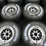 En México, la empresa Michelin puso a disposición del público el 01 800 0620 868, pero sólo atienden de lunes a viernes