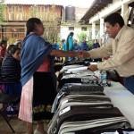 La CASART compró las piezas participantes y ganadoras como una forma de apoyar a las artesanas