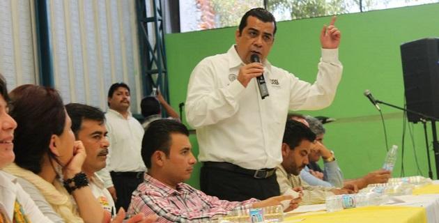 Petróleos Mexicanos es patrimonio nacional y no debe estar en venta, sostienen legisladores del sol azteca