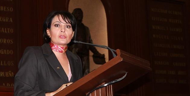 Se comprometió la legisladora local, López Aceves, a trabajar por los menores de entre los 0 y los 8 años de edad en Michoacán