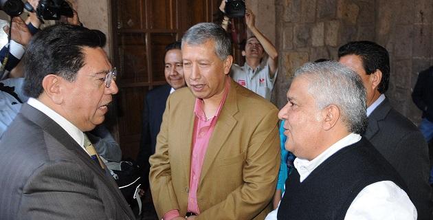 En presencia del secretario general del SUEUM, Eduardo Tena, el mandatario estatal consideró trascendental que juntos, sociedad y gobierno avancen en un mismo propósito