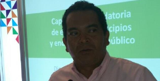 Ante diputados de diferentes estados del país, Oseguera Méndez hizo énfasis en que los gobiernos estatales deben proveer mecanismos para atender oportuna y correctamente a los connacionales