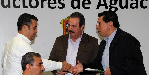 En Uruapan, el gobernador de Michoacán, Jesús Reyna, destacó la buena disposición del presidente Peña Nieto hacia el estado
