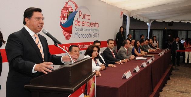 Ante empresarios de México, EU, Colombia y Canadá, Reyna García se pronunció por aprovechar la vocación de la entidad para generar riqueza