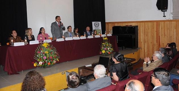Orrostieta Aguirre apuntó que toda la información que manejan los gobiernos e instituciones públicas en México, es en principio pública, salvo las excepciones señaladas en ley