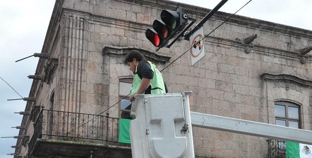 Durante 2006 y 2007 se instaló el sistema para controlar la mayoría de los cruces, sin embargo desde aquel tiempo no se le había dado el mantenimiento requerido, reveló el Centro Integral de Semáforos