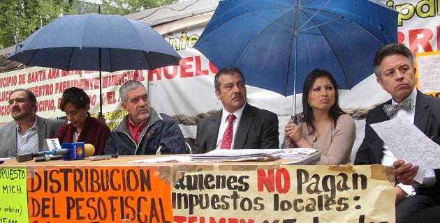 López Mendoza manifestó que consiguió diversos compromisos en materia política y legislativa para los ayuntamientos del país