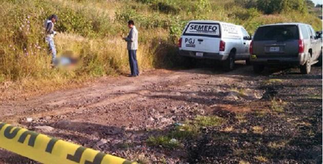 """Con las primeras investigaciones se supo que el ahora occiso se llamaba José Manuel Sámano Corona, de 36 años de edad y chofer de la línea """"Taxi Radio Mich"""""""