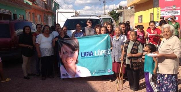 """López Aceves refrendó su compromiso con la sociedad michoacana; """"realizaré las acciones necesarias que beneficien a la entidad, en busca siempre de mejores condiciones de vida"""", expresó"""