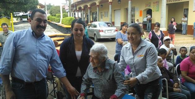 Naranjo Blanco puso a disposición de los habitantes de la región de los Reyes, sus tres Casas de Enlace Legislativo, ubicadas en Peribán, Cotija y Los Reyes