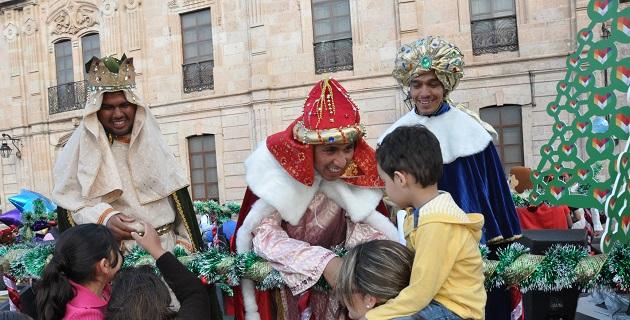 Sin duda, dijo que los Reyes traen un mensaje de esperanza y de paz, pero dijo, que depende de cada uno hacerlos realidad en los hogares, en las escuelas y ciudad y en todo momento, señaló el arzobispo de Morelia