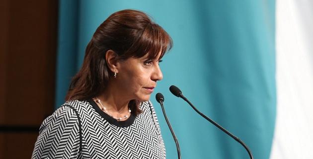 Se aprobó por unanimidad la propuesta en la cual la senadora hizo referencia al empresario chihuahuense Carlos Gutiérrez, a quien en 2009 se le amputaron los dos pies por negarse a pagar extorsión a la delincuencia organizada